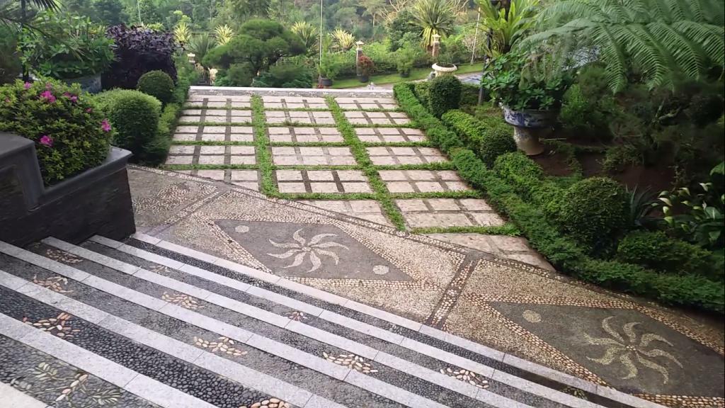 7 Villa di Sentul Untuk Alternatif  - Aneka Hotel Murah