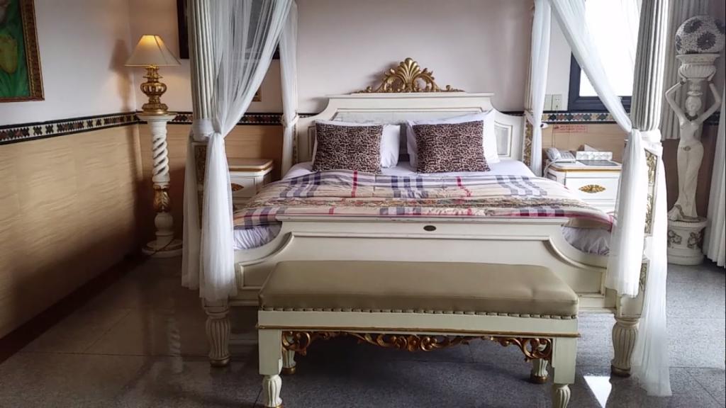 seruni htel suite room