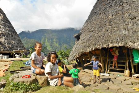 Portrait_kehidupan_anak-anak_Desa_Wae_Rebo