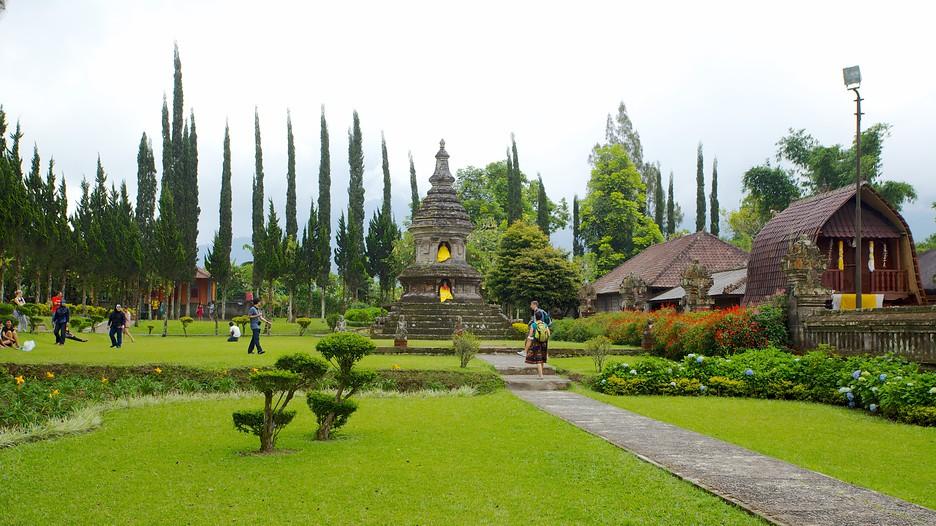 Ulun-Danu-Temple-42369