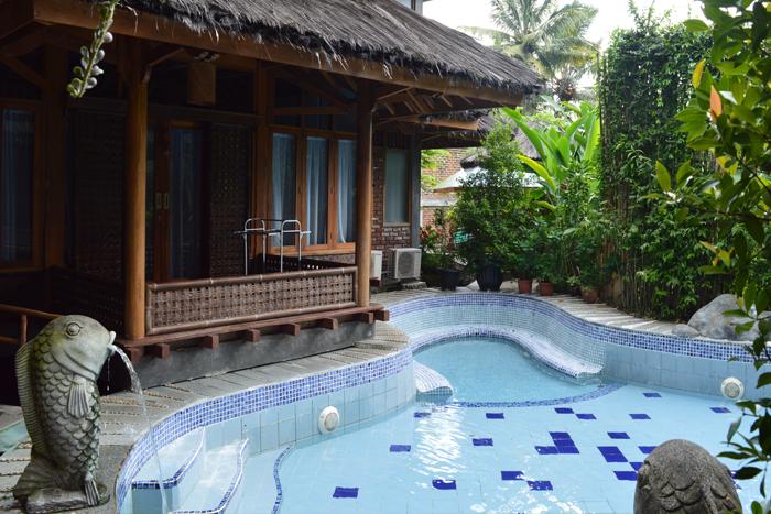 private pool sumber alam