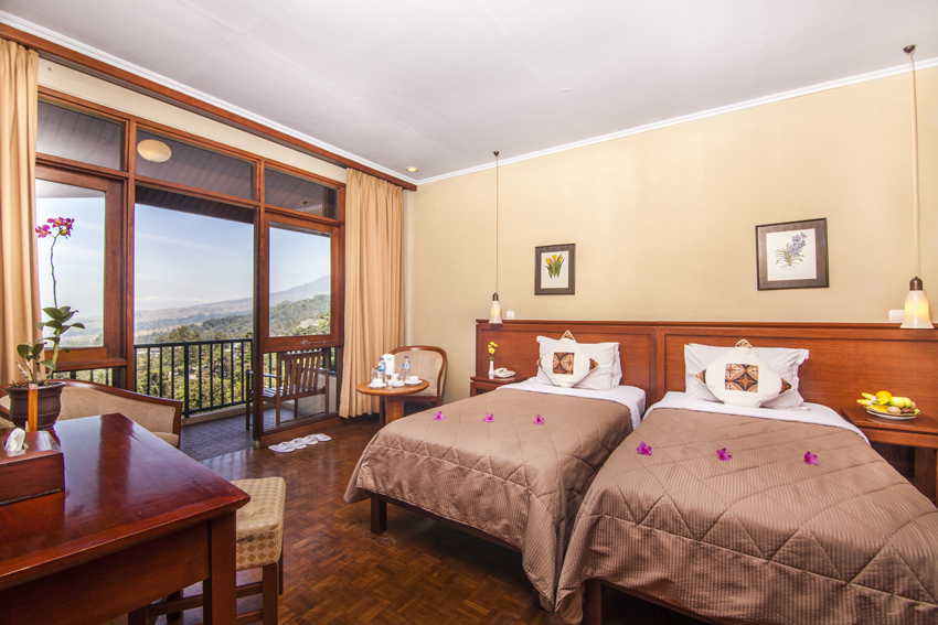 puncak pass resort-room