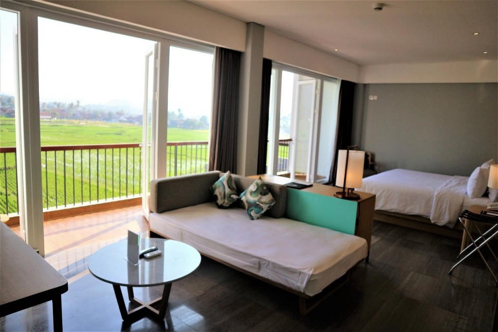 suite-roomsantika-garut