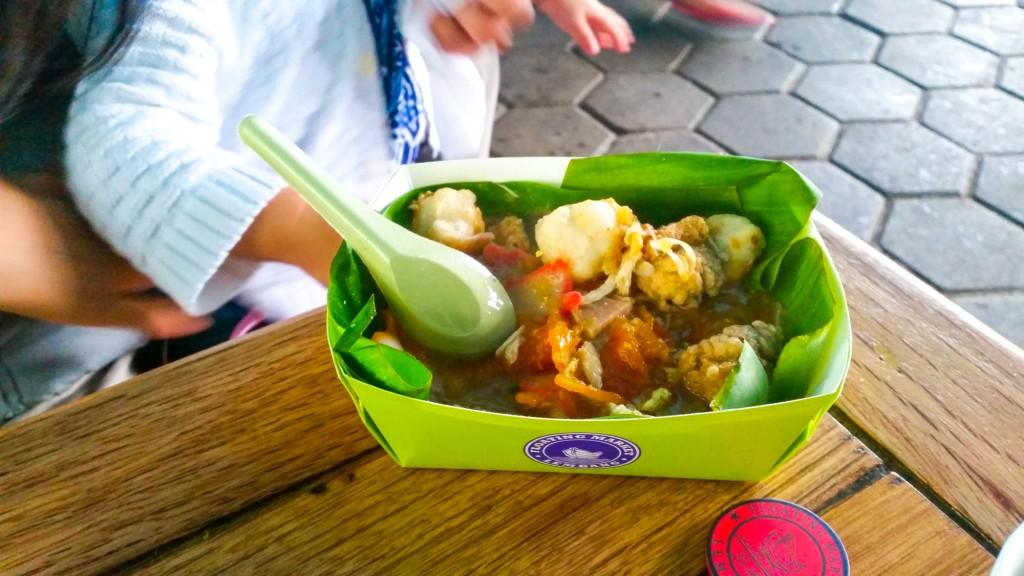makanan di floating market