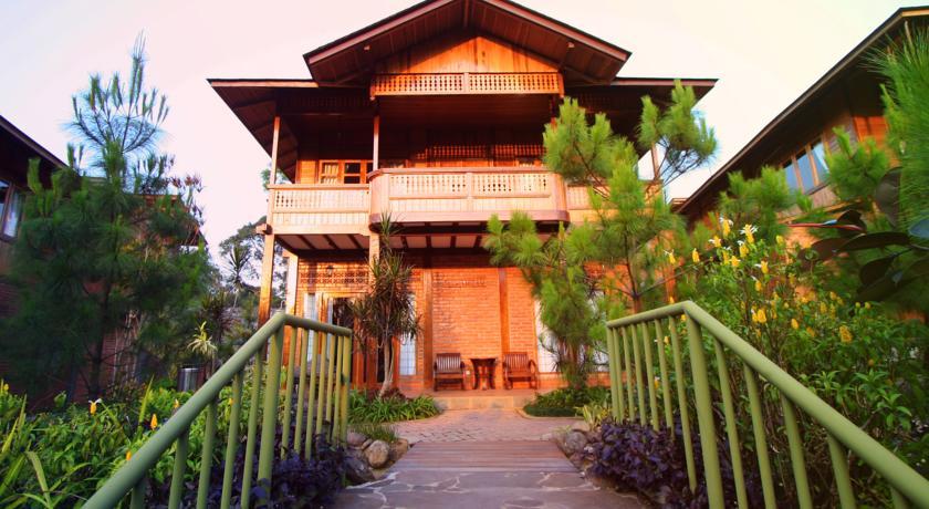 jambuluwuk-resort-malang