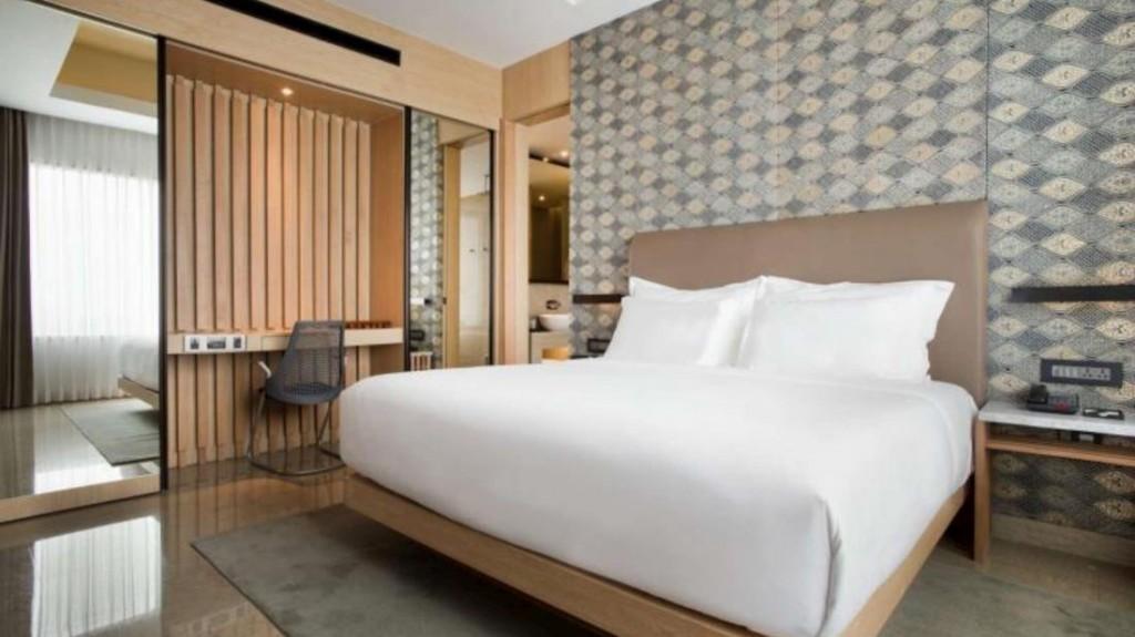 alila solo hotel room