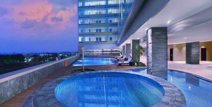 pool the alana solo