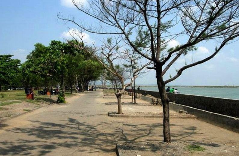 Pantai-Marina-Semarang