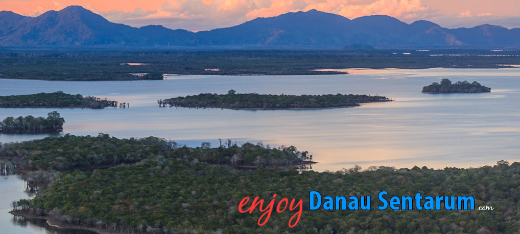 enjoy-danau-sentarum-5-1018x460