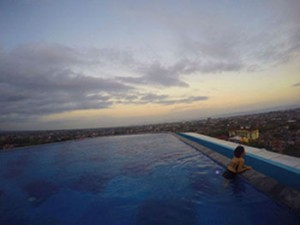 indoluxe-infinity-pool-kecil
