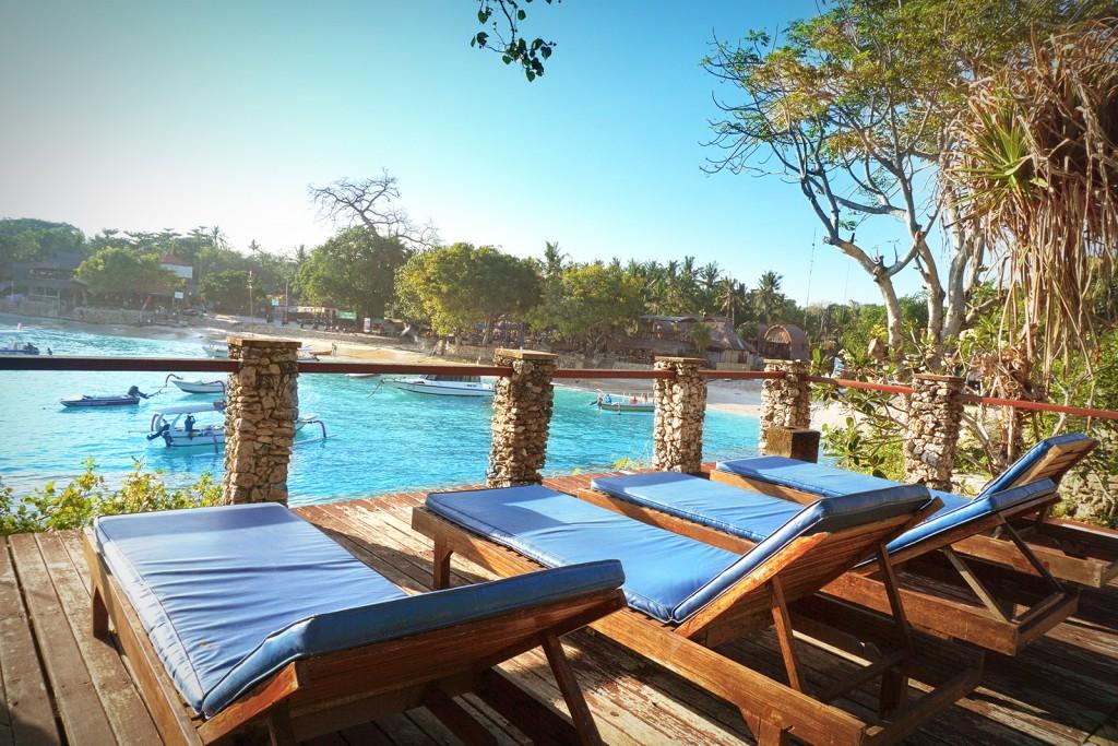 Sadeg Lembongan Salah Satu Hotel Pinggir Pantai Yang Berada Di Nusa Bikin Bocan Jatuh Cinta Sama Ini Adalah Infinity Poolnya