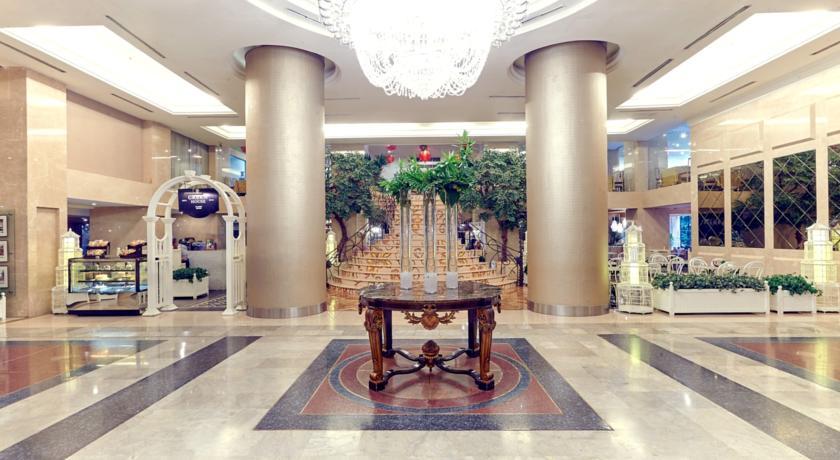 garden-palace-hotel-surabaya