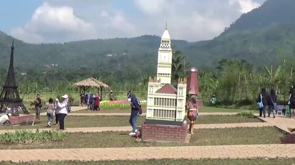 Keliling Dunia Dalam Sehari Di Small World Purwokerto