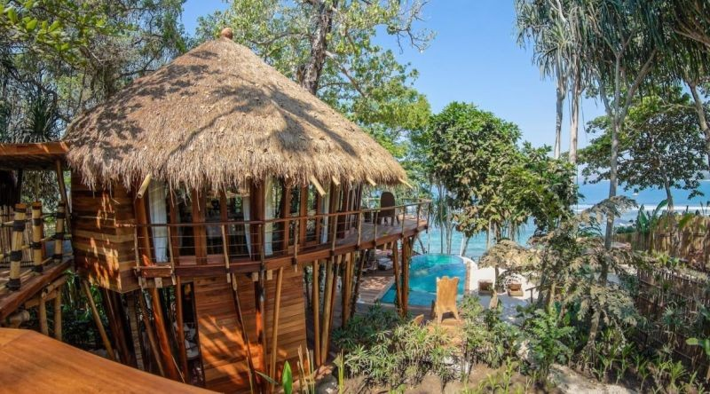 nihiwatu-mamole-tree-house-valentines-day