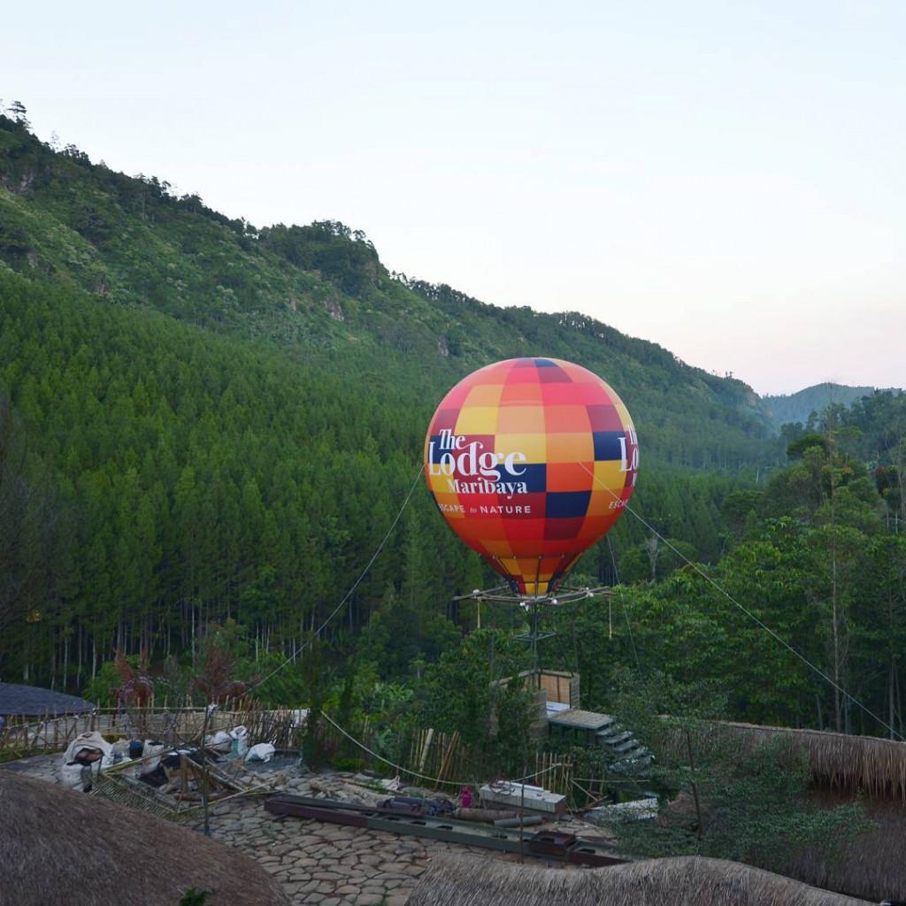 balon-udara-the-lodge-maribaya