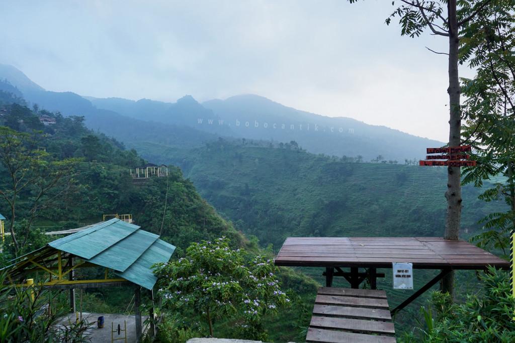 Wisata Menantang Dengan Panorama Menawan Di Umbul Sidomukti