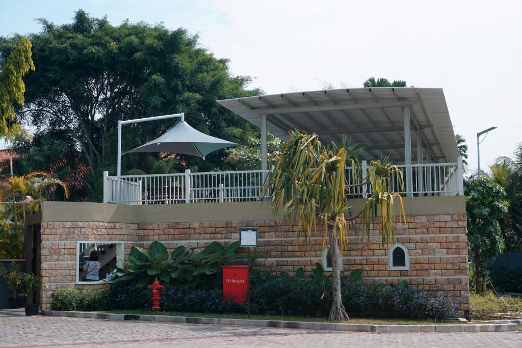 wujil-hotel-kolam-renang