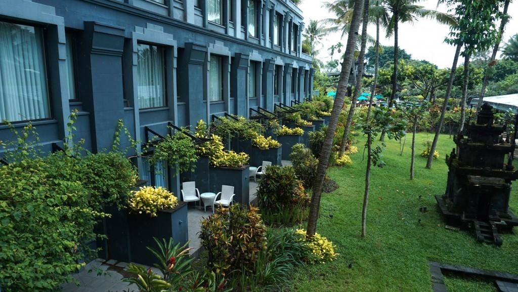 hyatt-jogja-balkon