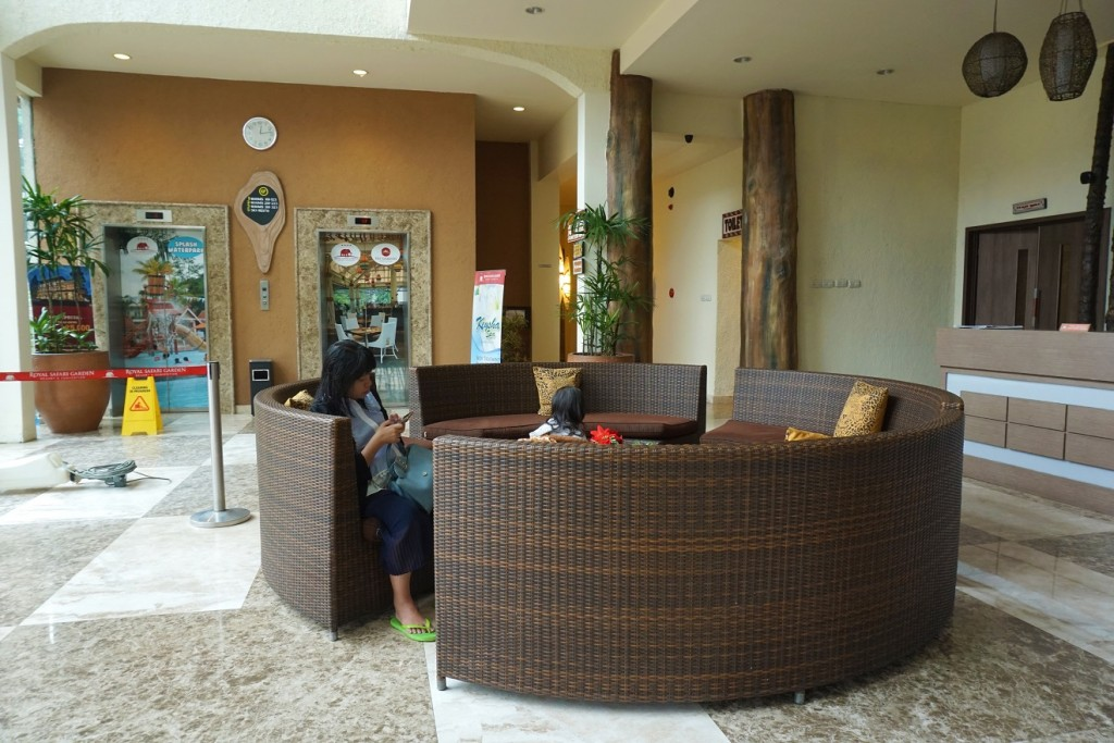 lobby-royal-safari-2