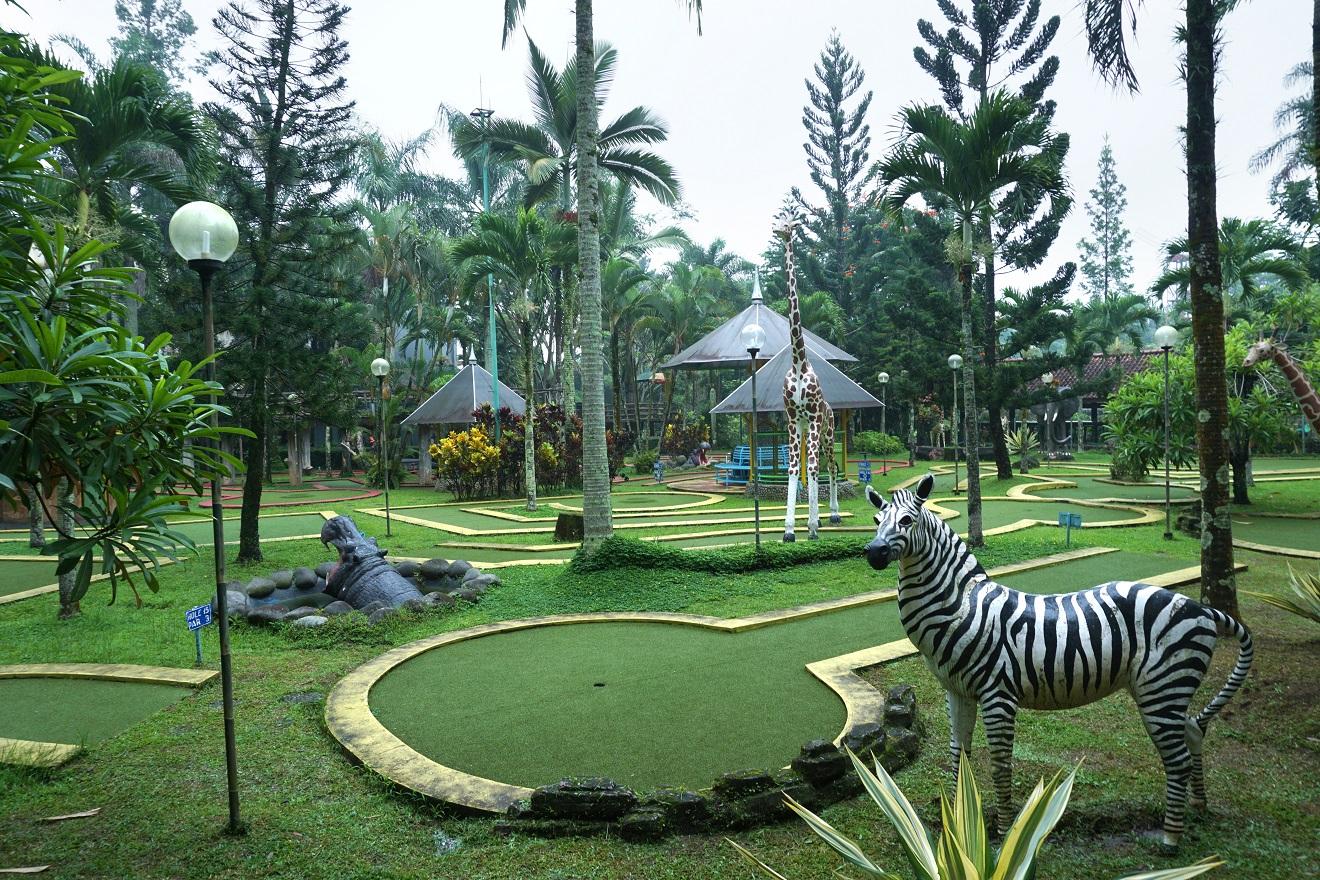 Review Royal Safari Garden Resort Convention Menginap Sambil Mengenal Hewan Sekaligus