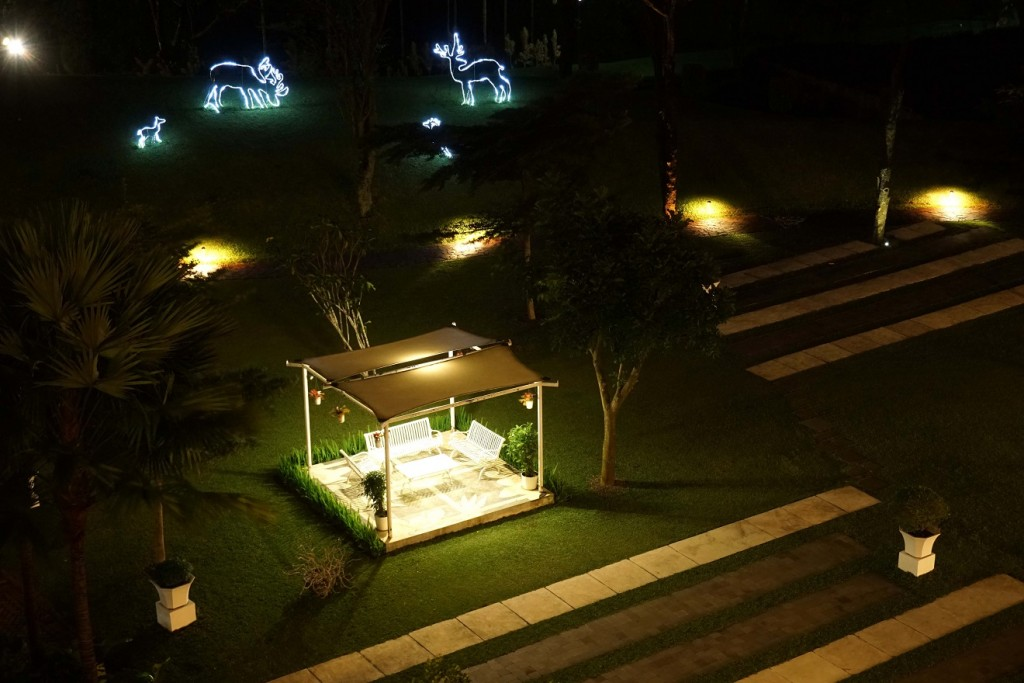 r-hotel-rancamaya-night-view2