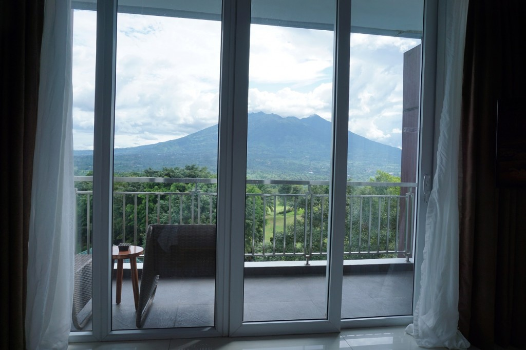 r-hotel-rancamaya-room-view