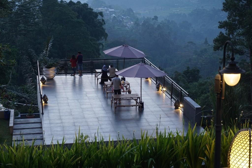 nava-hotel-tawangmangu-11