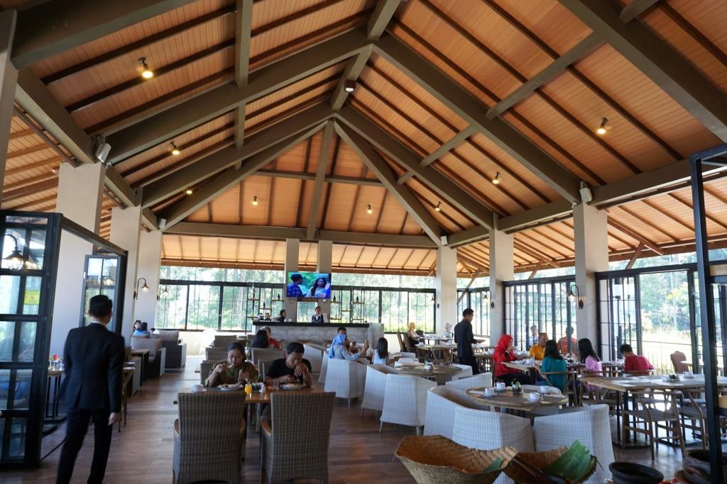nava-hotel-tawangmangu-sarapan