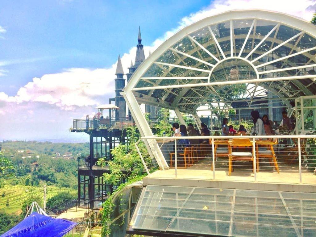 Foto via makananenak.com