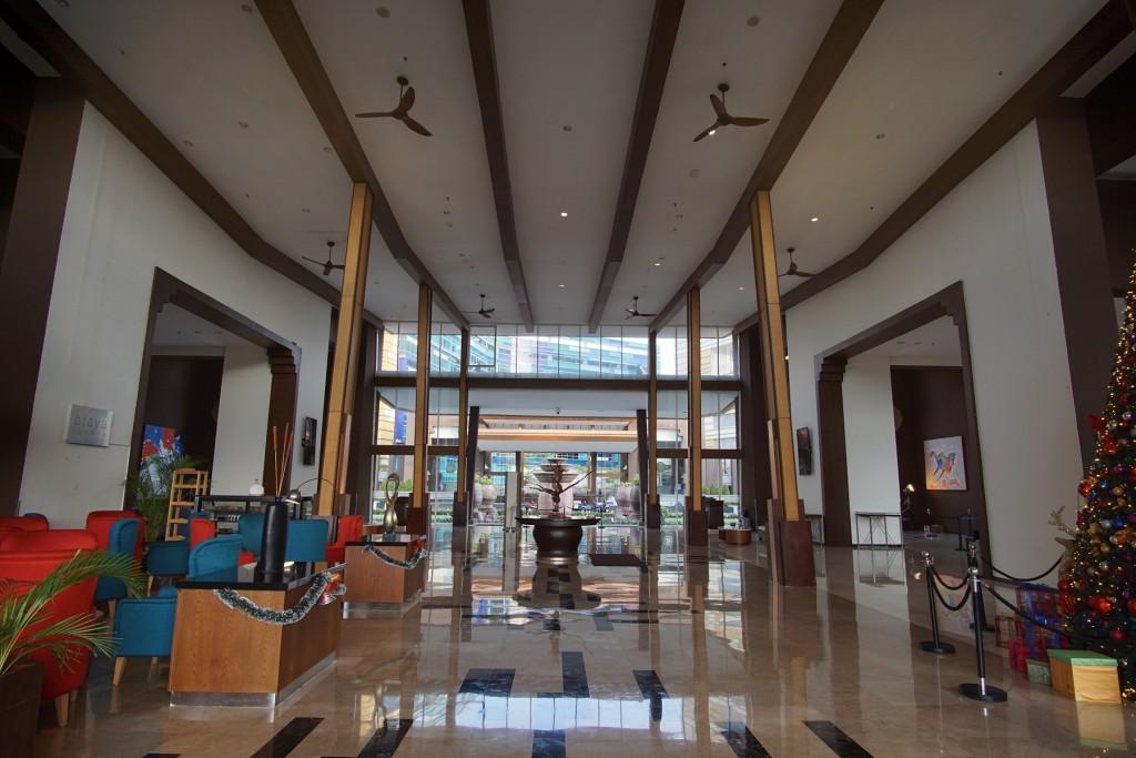 lobby-aston-sentul
